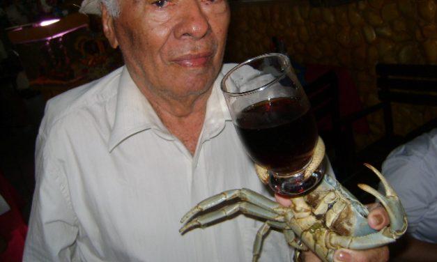 Buraco da Gia e o garçom caranguejo