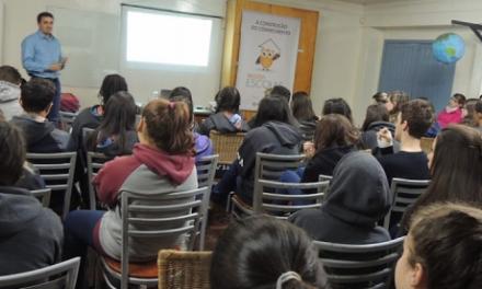 Fundação Marcopolo investe no ensino escolar