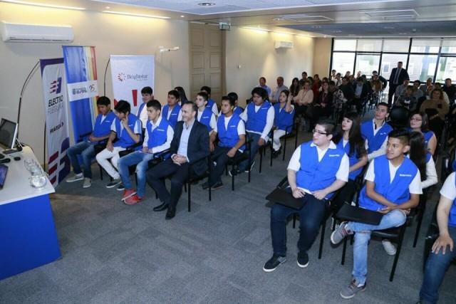 Samsung ajuda jovens na América Latina