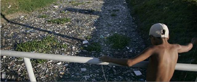 Rio limpo, menos lixo no mar