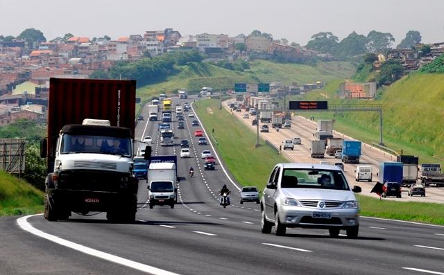 Carona reduz emissões e traz até mais segurança