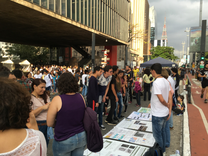 Lugar de cientista também é na rua, com o povo