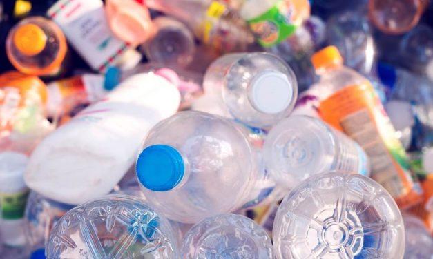 Reciclagem molecular recupera plástico