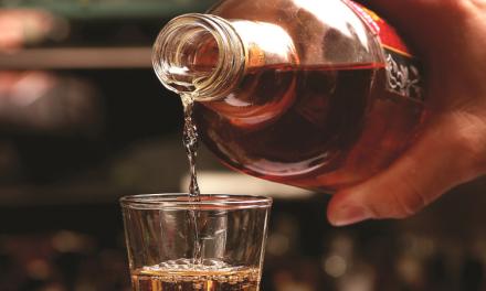 Um brinde ao Dia da Cachaça